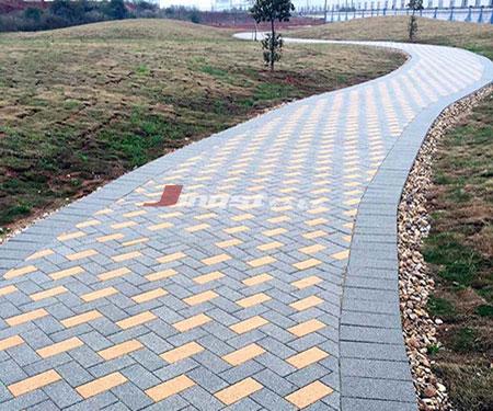 公园路陶瓷透水砖