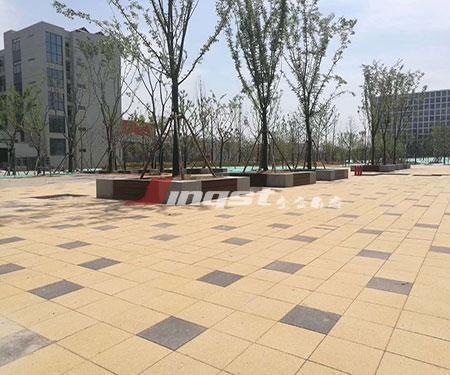 广场陶瓷透水砖